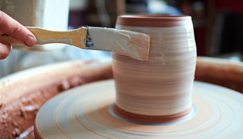 Silica sand in pottery making