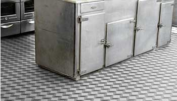 3D kitchen tiles are a popular choice