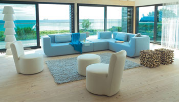 Seating arrangement in a living room